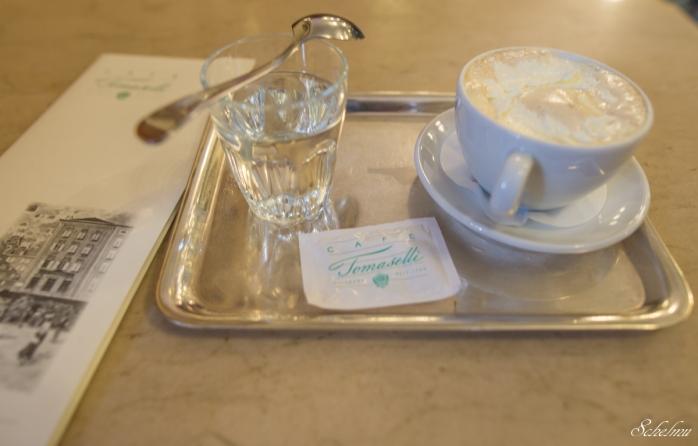 cafe tomaselli melange salzburg