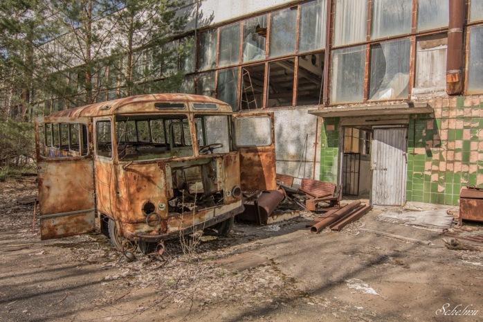 jupiter fabrik pripjat bus schrott