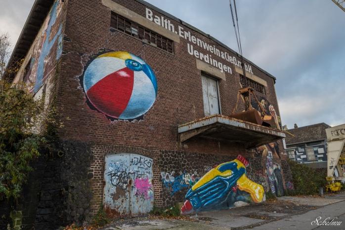rhine side gallery streetart krefeld uerdingen 16
